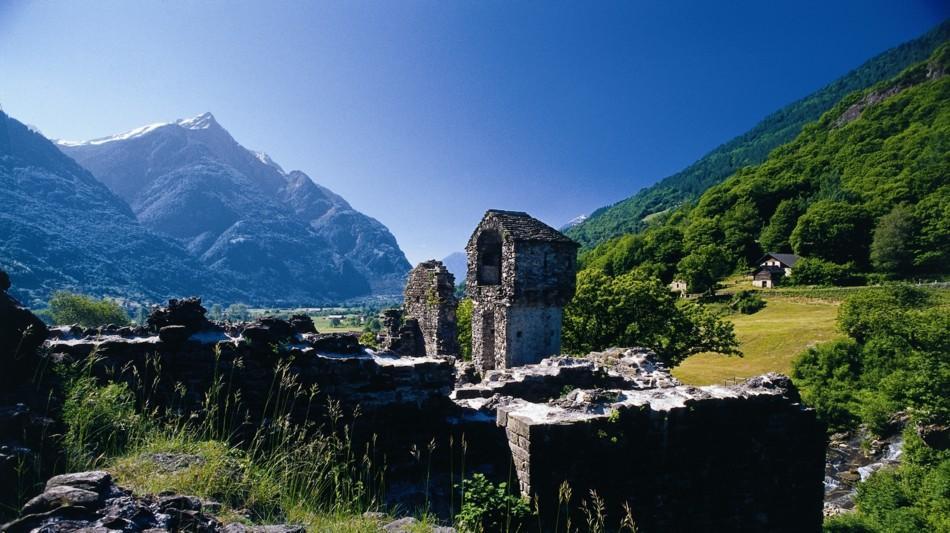 castello-di-serravalle-715-0.jpg