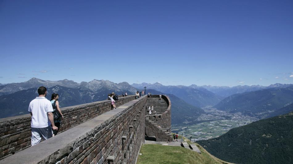 monte-tamaro-botta-kirche-panorama-256-0.jpg
