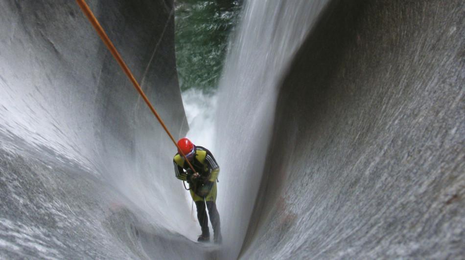 sport-estremo-canyoning-726-0.jpg