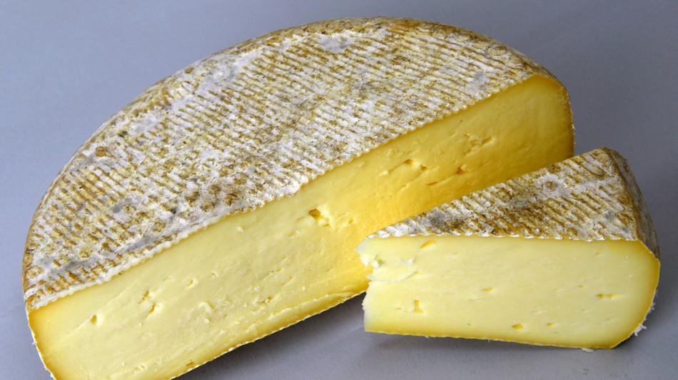 formagella-grassa-lati-1071-0.jpg