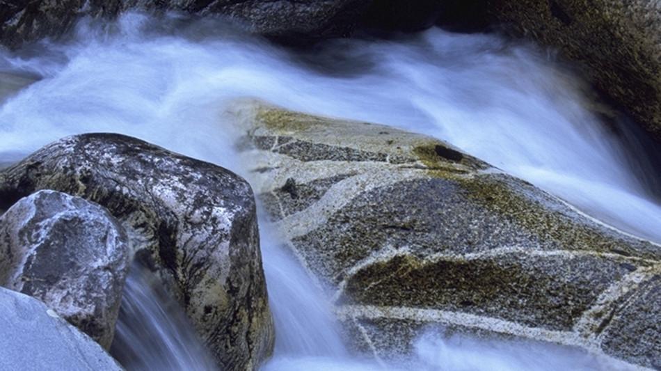 avegno-gordevio-fiume-1316-0.jpg
