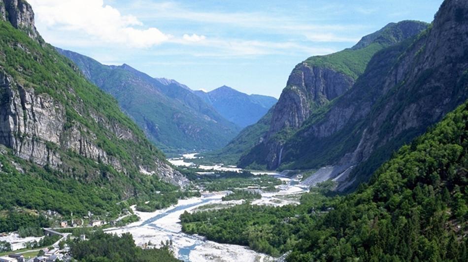 cevio-fondo-valle-1294-0.jpg
