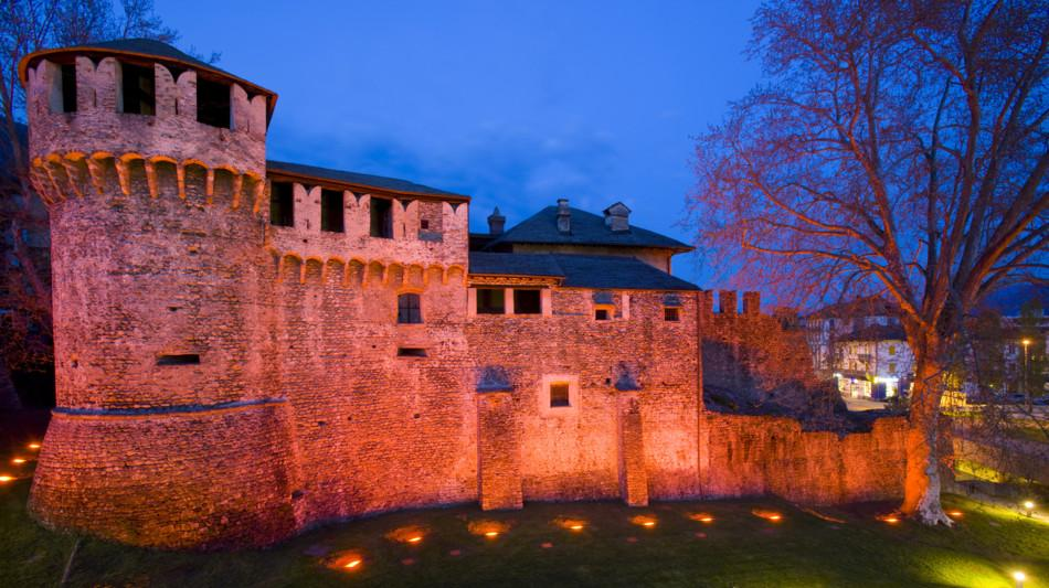 locarno-castello-visconteo-notte-bianc-718-0.jpg