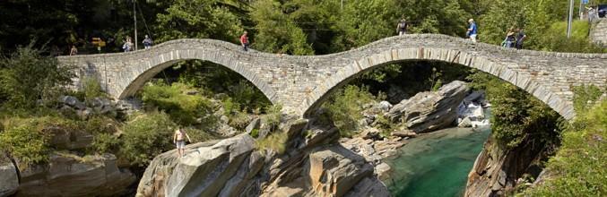 fiume-verzasca-ponte-1467-0.jpg