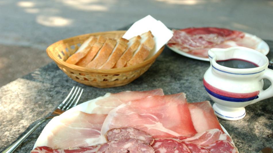 grotti-gastronomia-salumi-1550-0.jpg