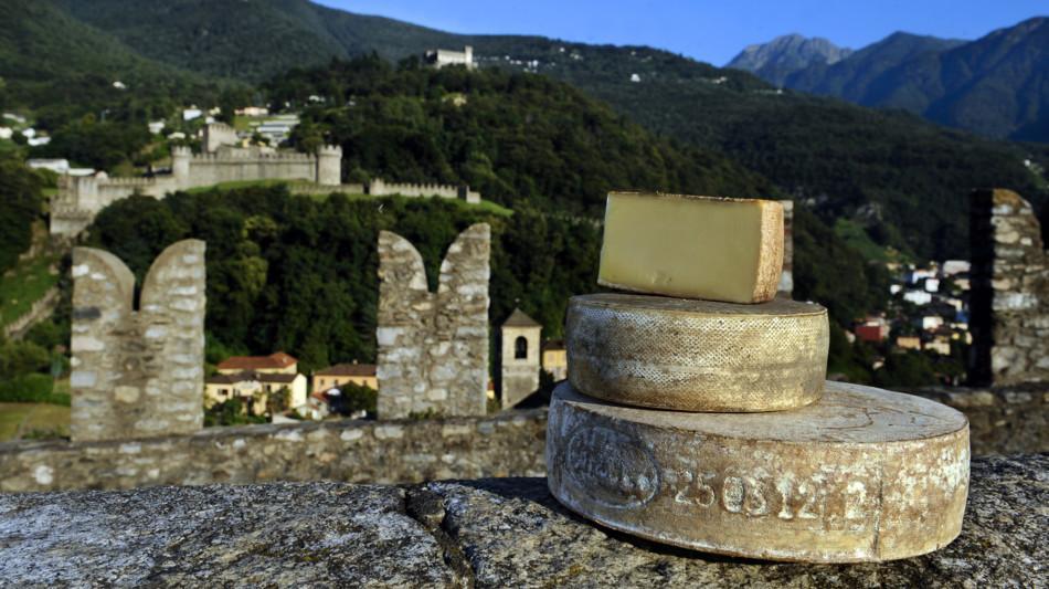 bellinzona-formaggi-castelgrande-swiss-1680-0.jpg