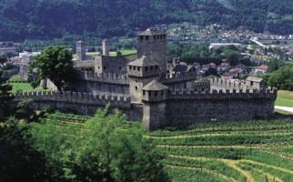bellinzona-castello-montebello-1593-0.jpg