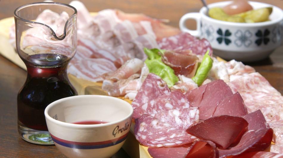grotti-gastronomia-salumi-grotto-cavic-1163-0.jpg