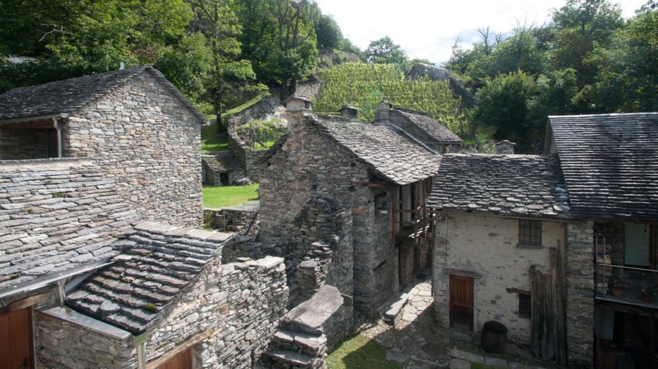 monte-carasso-ostello-curzutt-2086-0.jpg