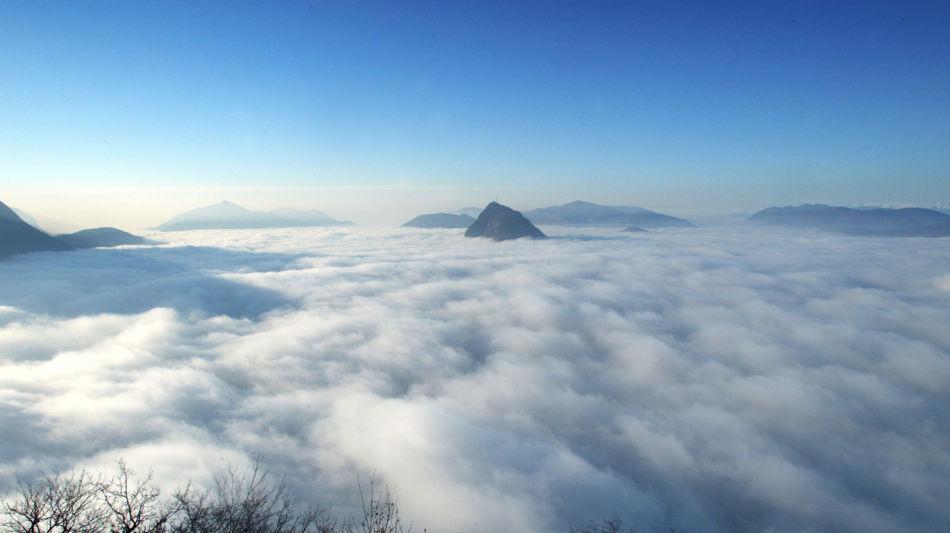 lugano-nebel-monte-bre-2219-0.jpg