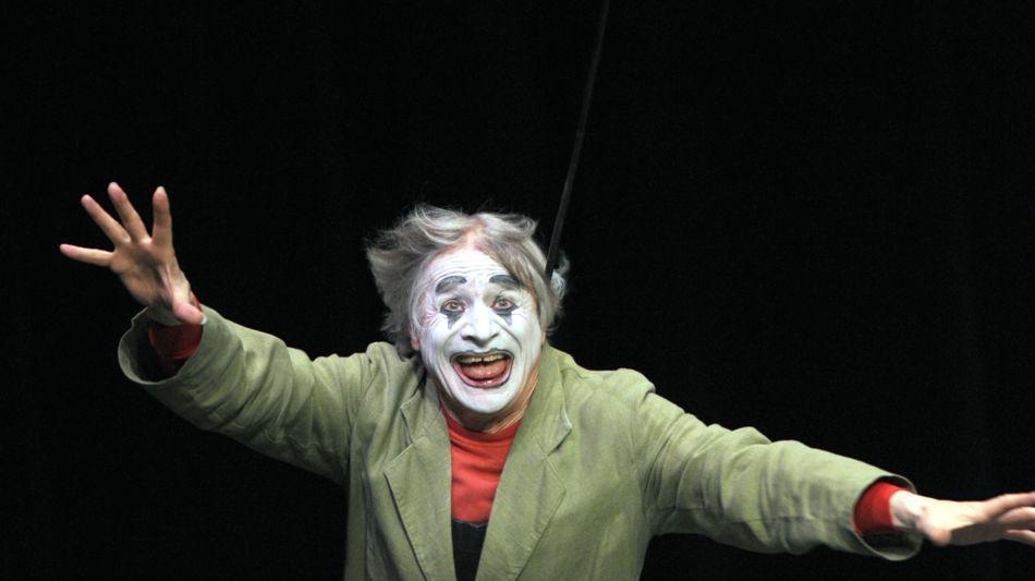 verscio-dimitri-clown-theater-2162-0.jpg
