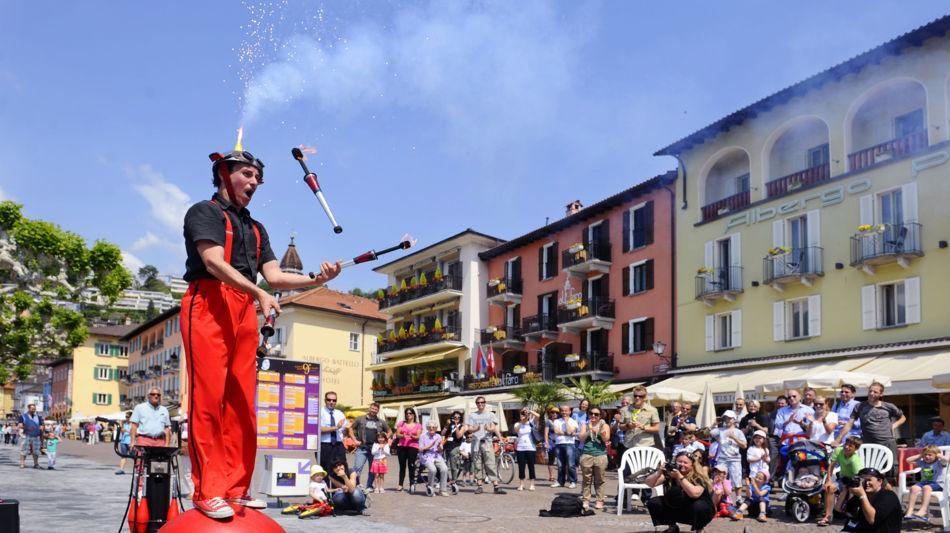 ascona-festival-strassenkunstler-2492-0.jpg