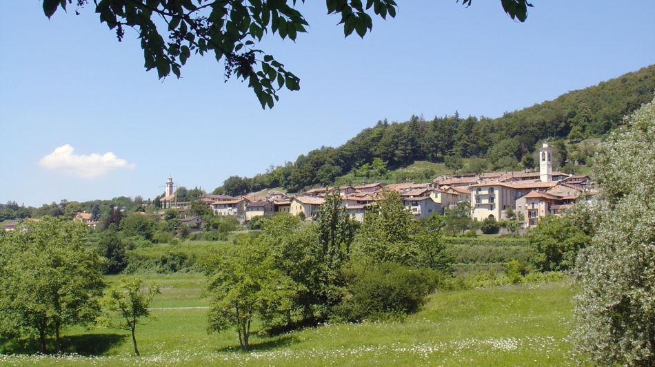 dorf-meride-monte-san-giorgio-772-0.jpg