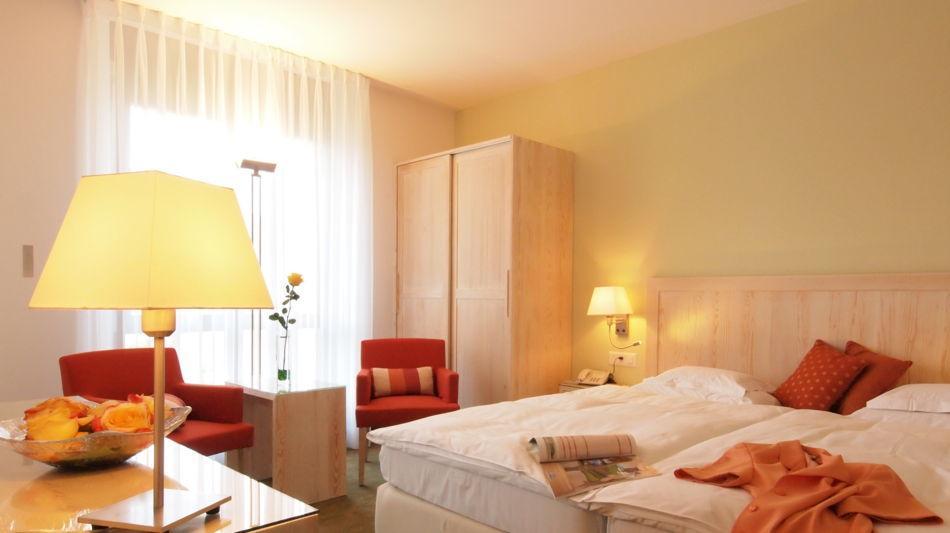 ascona-hotel-ascovilla-3030-0.jpg