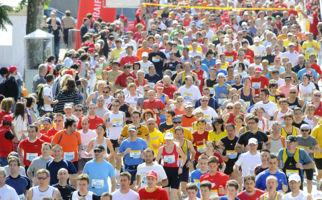 Spitzensportler beim Blenio-Lauf