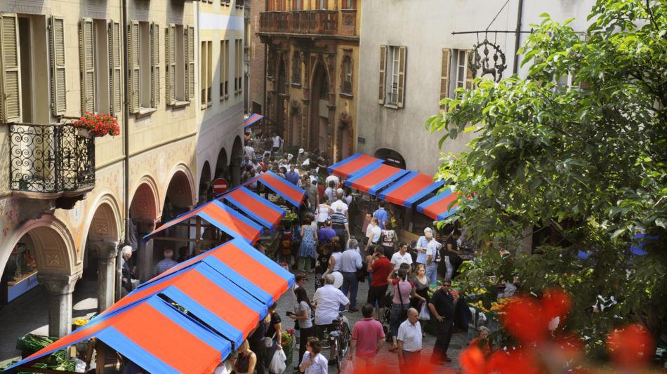 bellinzona-samstagsmarkt-349-0.jpg