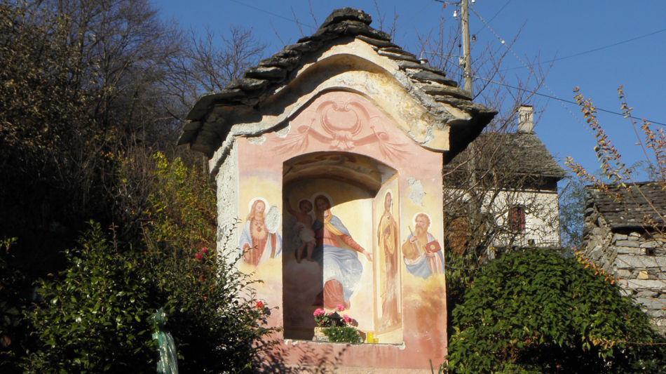 maggia-cappella-di-tavirna-a-moghegno-4130-0.jpg