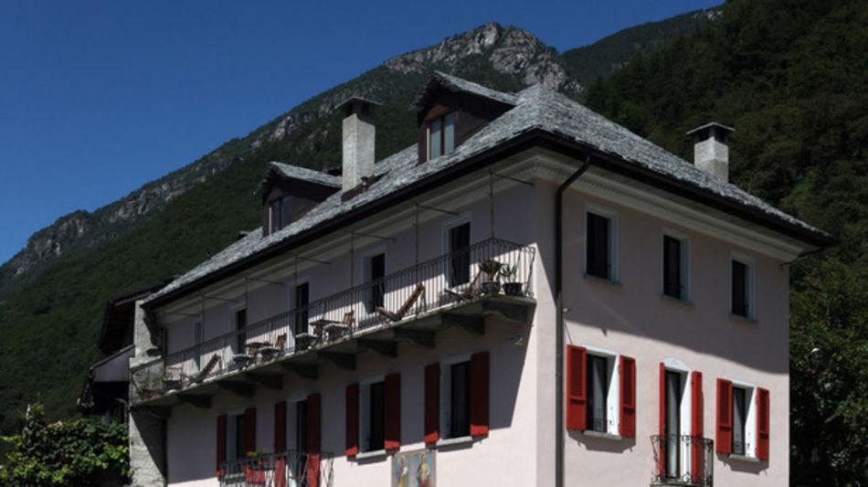 avegno-gordevio-hotel-casa-ambica-garn-6450-0.jpg
