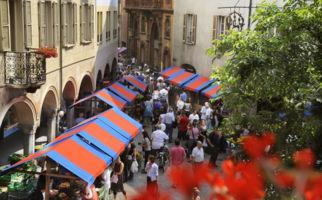 Messe zu Füssen des Castelgrande