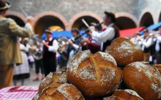 bellinzona-mercato-bellinzona-pane-ban-7248-0.jpg