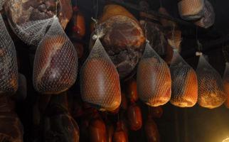 prosciutto-crudo-mesolcinese-7068-0.jpg
