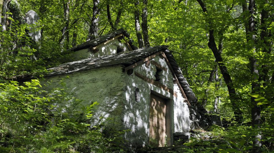 sentiero-ai-grotta-di-cama-7035-3.jpg