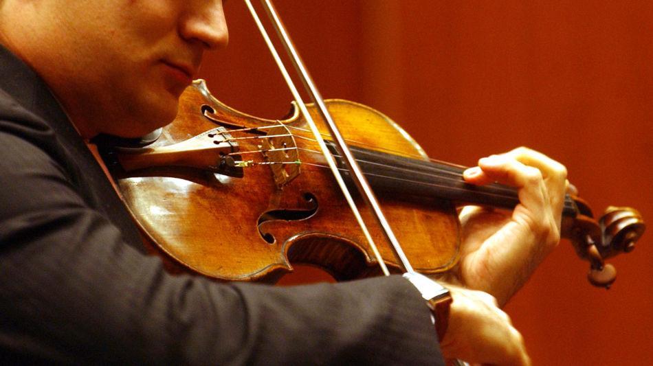 musicista-con-violino-7751-0.jpg