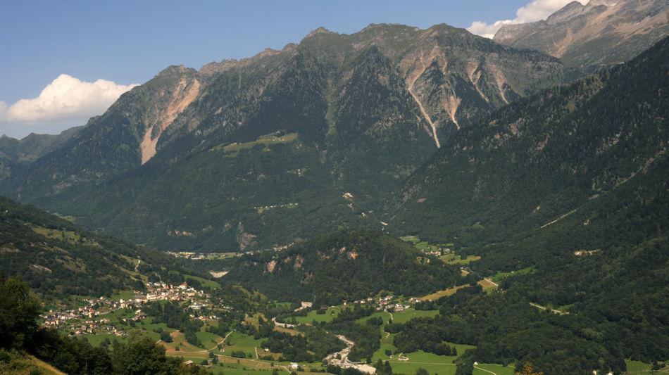 veduta-panoramica-su-un-tratto-di-vall-7650-0.jpg