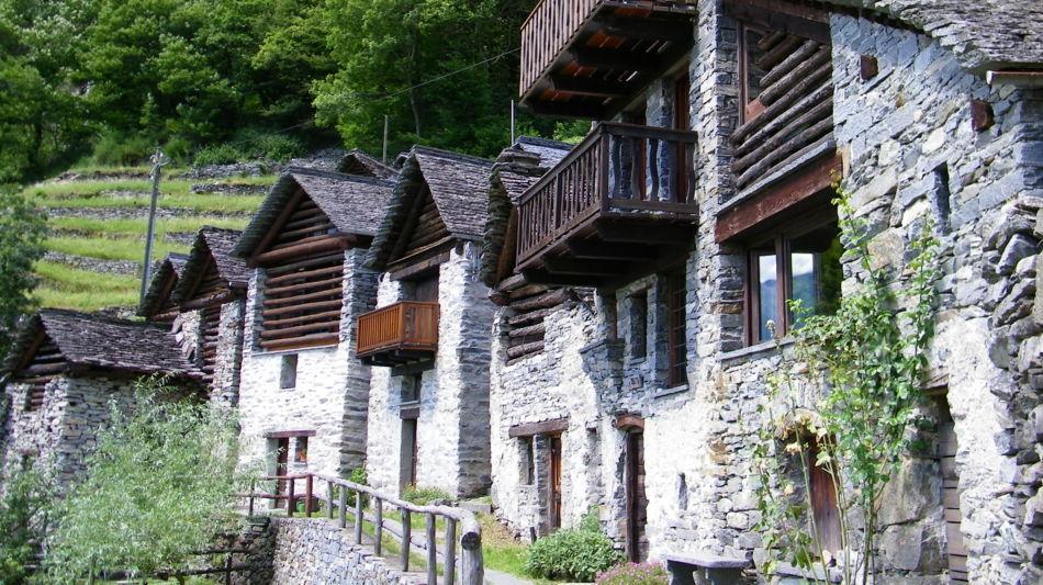 architettura-rurale-brontallo-7951-0.jpg
