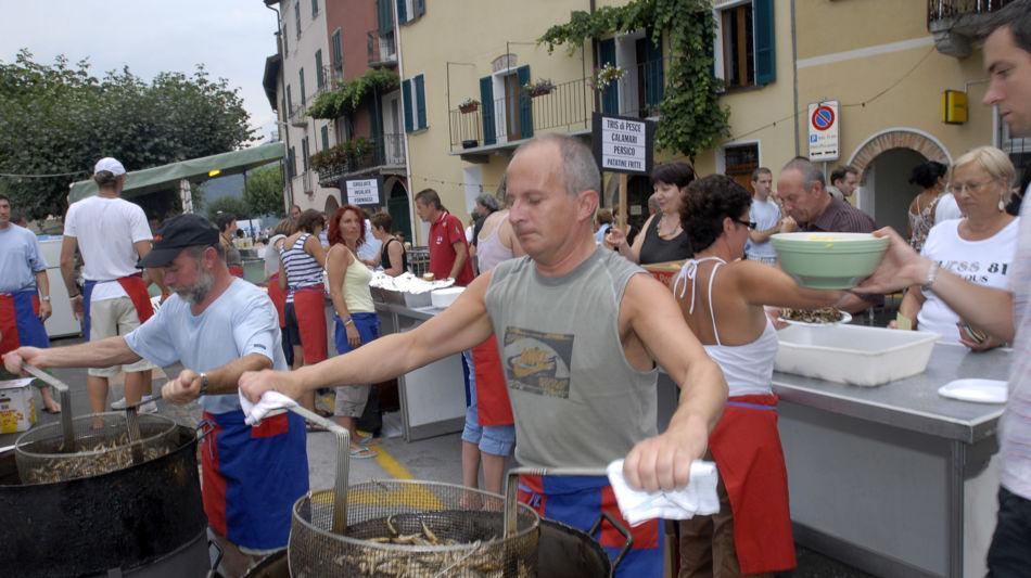 brusino-arsizio-sagra-del-pesce-7907-0.jpg