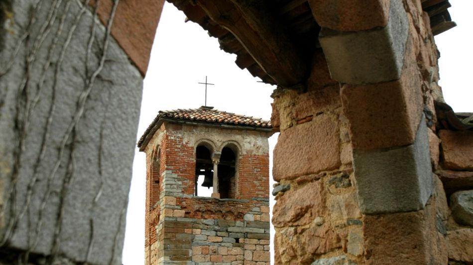 carona-carona-chiesa-sconsacrata-di-sa-8222-0.jpg