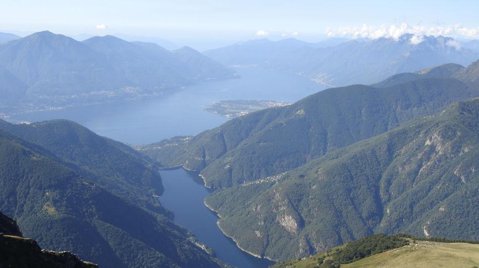 pizzo-vogorno-panorama-dalla-vetta-3141-0.jpg