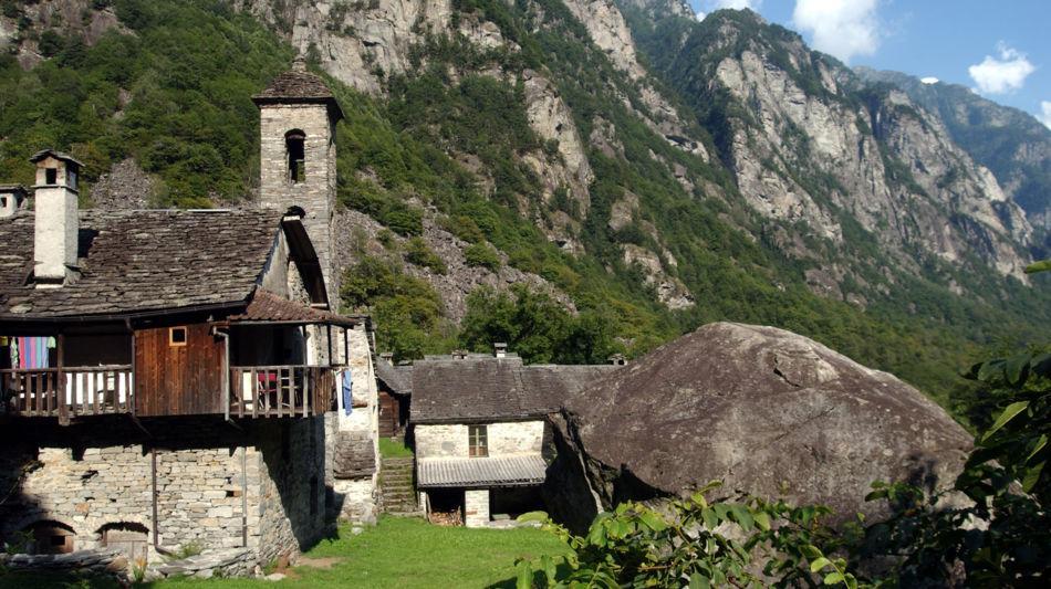 scorcio-sulla-chiesa-di-forgio-8205-0.jpg