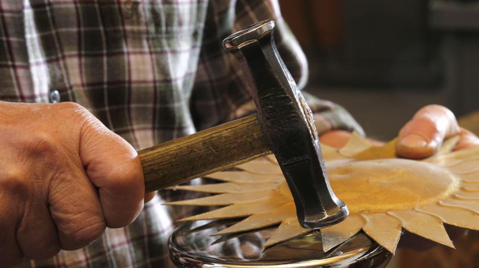 gordola-artigianato-lavorazione-del-ra-8733-0.jpg