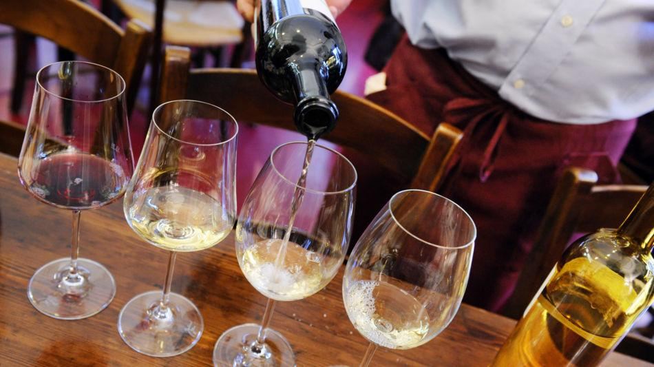 lugano-vino-calici-vino-bianco-6815-0.jpg