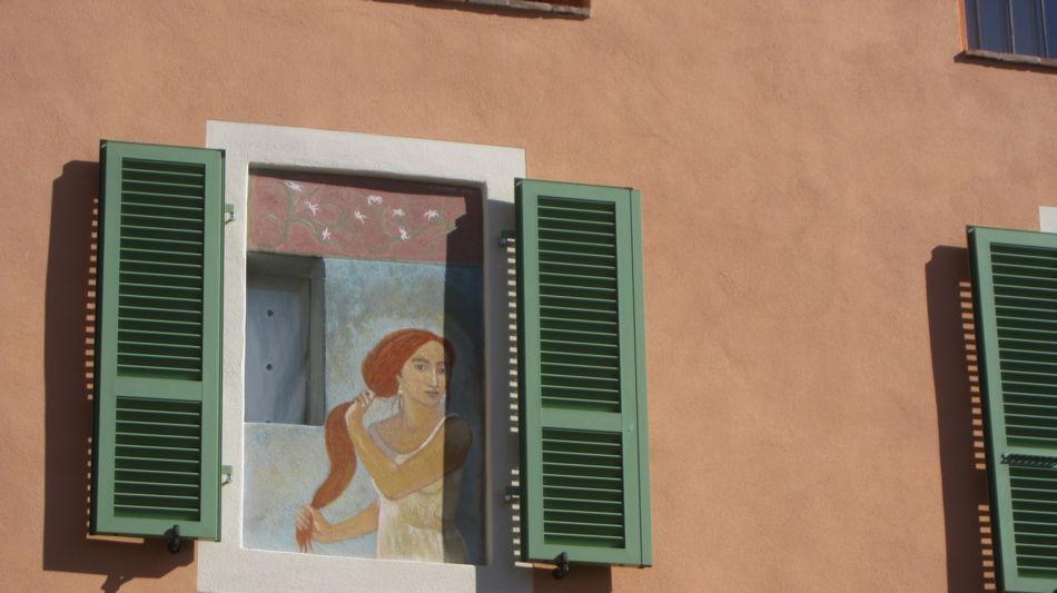casa-con-finestra-con-affresco-9353-1.jpg
