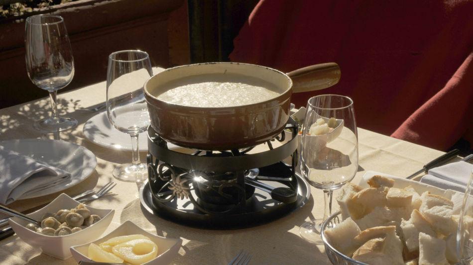 fondue-di-formaggio-9630-0.jpg