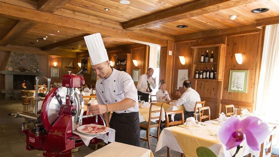 bosco-gurin-hotel-walser-9715-0.jpg