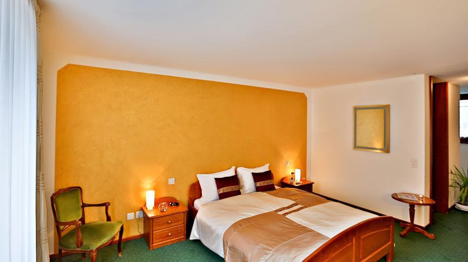 bosco-gurin-hotel-walser-9718-0.jpg