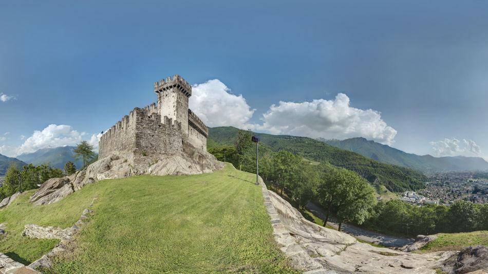 bellinzona-castello-sasso-corbaro-1703-0.jpg