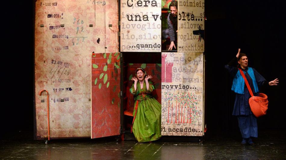 spettacolo-teatro-pan-1093-2.jpg