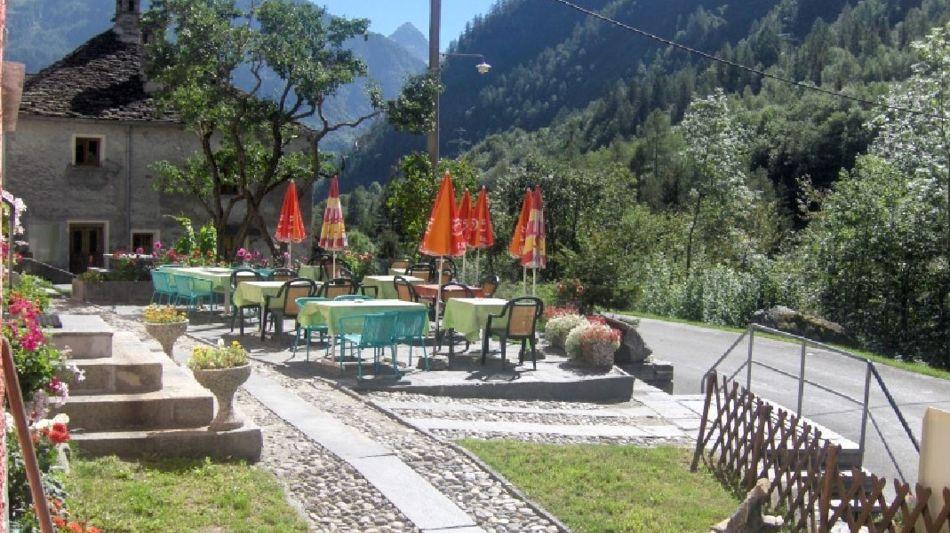 campo-vallemaggia-ristorante-monaci-1132-1.jpg