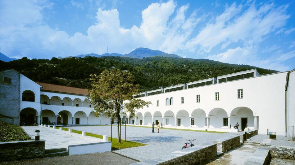 monte-carasso-architettura-moderna-con-2104-0.jpg
