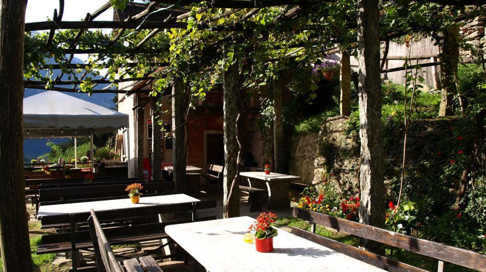 semione-grotto-canvett-2859-0.jpg
