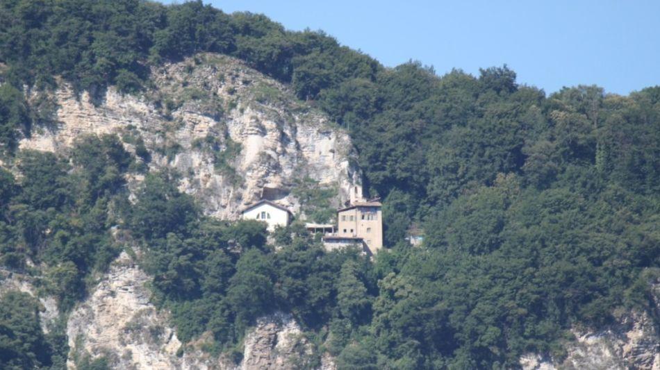 grotto-eremo-san-nicolao-somazzo-6645-0.jpg