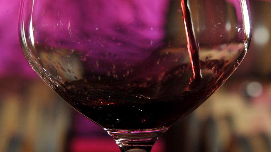 bicchiere-di-vino-rosso-6797-0.jpg