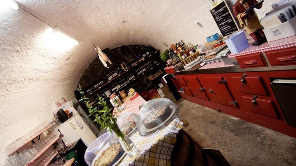 lugano-grotto-teresa-cantine-di-gandri-7145-0.jpg