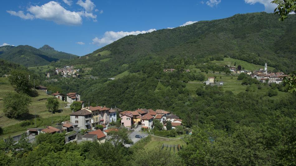 veduta-paese-di-campora-1208-1.jpg