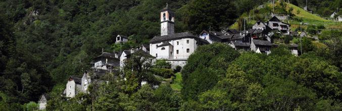 corippo-veduta-paese-e-bosco-7964-0.jpg