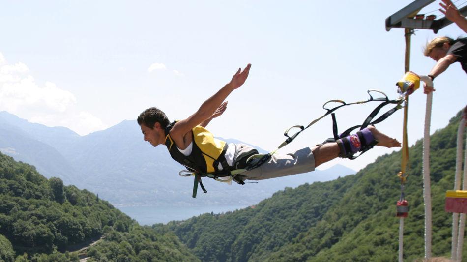 diga-della-verzasca-bungy-jumping-8040-0.jpg